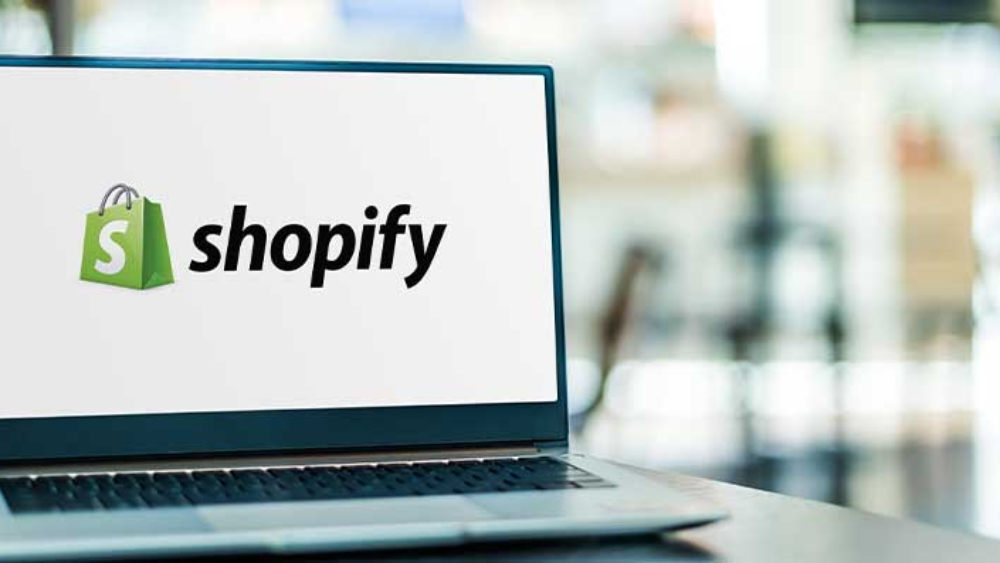 Blogging on Shopify: How to Do & Examples