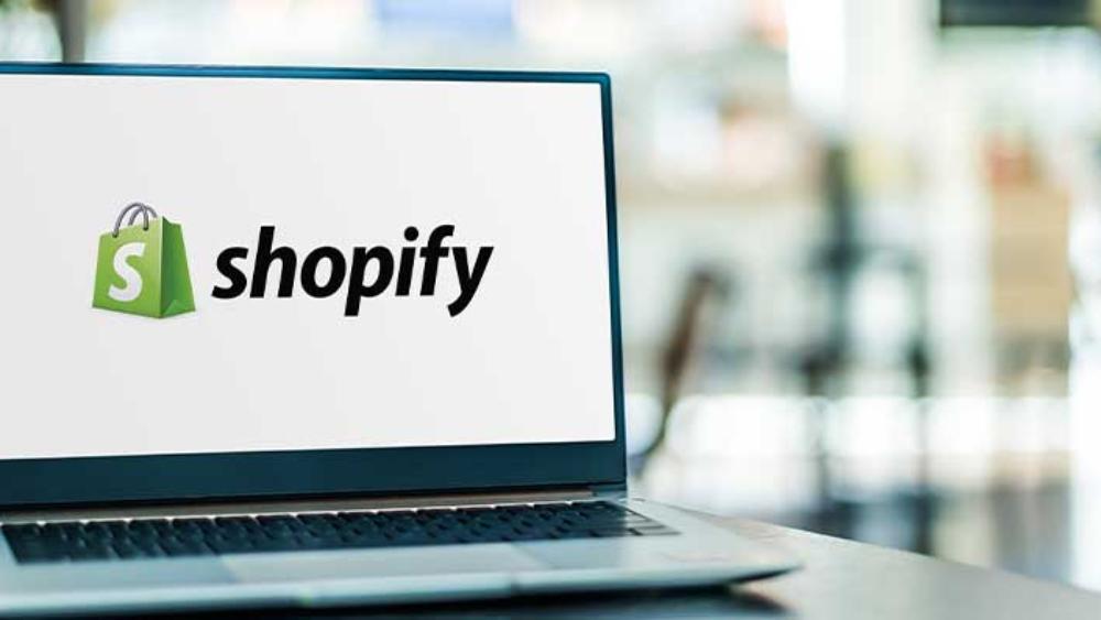 Should You Start Blogging on Shopify